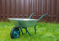 Покупка садовой тачки по интернету