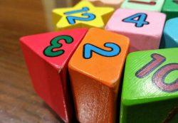 Кубики — самая популярная и полезная игрушка
