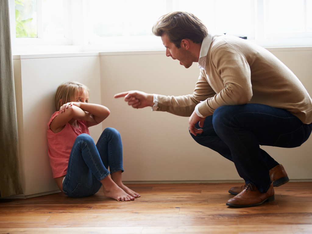 Как не допустить эмоционального насилия над ребенком: простые правила